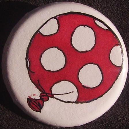 Badge Ballon Rose à Pois Blancs