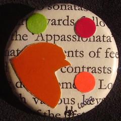 Badge Poussin Orange