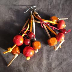 Boucles d'Oreilles Folie de bois rouge et rousse