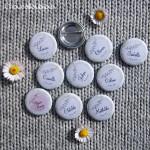Kit de 10 badges EVJF - «Champêtre & Liberty» - Dentelle, Vert Anis, Fanions