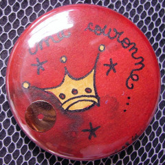 Badge Ma couronne Rouge