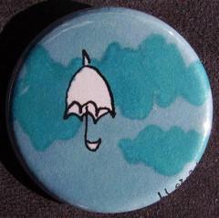 Badge Parapluie - Nuages Bleus
