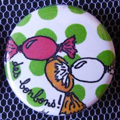 Badge Gourmandise - Des Bonbons à Pois Verts