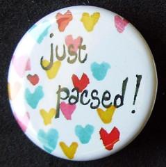 Badge Just Pacsed - Petits coeurs