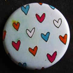 Badge «Les Amoureux» Coeurs Papillons