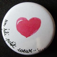 Badge «Les Amoureux» Un Joli Petit Coeur
