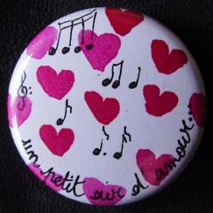 Badge «Les Amoureux» Un Petit Air d'Amour