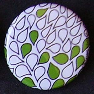 Badge Motifs Verts - Pétales Blanc Vert