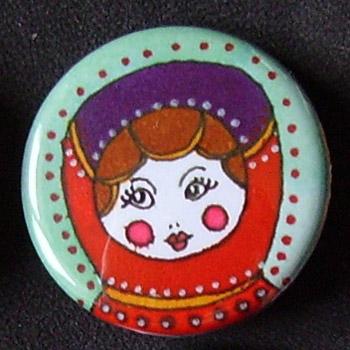 Badge Poupées Russes - Turquoise & Rouge