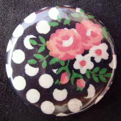Badge Marie-Thérèse Pois et Roses