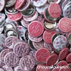 """Mariage """"Retro Romantique"""", badges personnalisés de Anne-Laure & Anthony"""