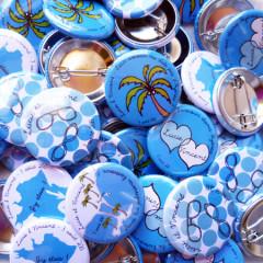 Badges mariage personnalisés Lucie & Vincent – Bleu & Palmiers