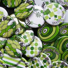 """Mariage """"Motifs Verts"""", badges personnalisés de Valérie & Pascal"""