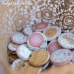Mariage «Rose, Craft & Liberty», badges personnalisés de Audrey & Sylvain + Baptême Izia