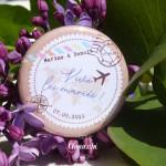 Mariage «Voyage Pastel Vintage», badges personnalisés de Marine & Benoît