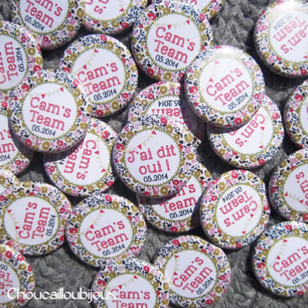 Badges personnalisés EVJF Camille - Liberty Rouge, Bleu, Vert