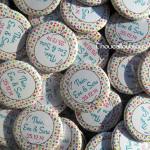 Badges Personnalisés Baptême Théo, Eva & Sara - Ballons & Couleurs Vives