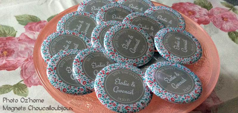 2015-10-Badges-Magnets-Mariage-Personnalise_s-E_G-Save-the-Date-Liberty-Gris-Rose-Bleu-56-mm-Billet.jpg