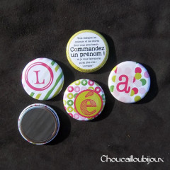 Badges/Magnets Personnalisés Prénoms - Passez Votre Commande !
