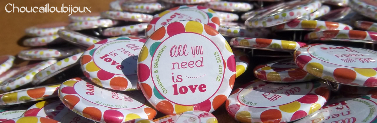 Badges-Personnalises-Mariage-Cate_gorie-All_you_need_is_love.jpg