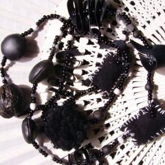 Sautoir Noir Espoir